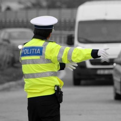 Peste 4.000 de permise auto, reținute de polițiști în Gorj ...